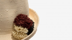 Nalì cappello pon pon 16558 bianco - dettaglio 1