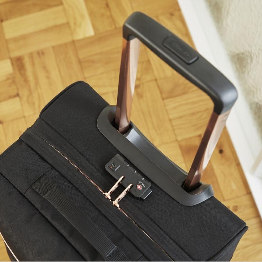 1f37644dd0 Eastpak valigia tranverz s goldout black ek61l-65u - dettaglio 2